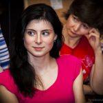 девушка в красном платье киноклуб СФСПб